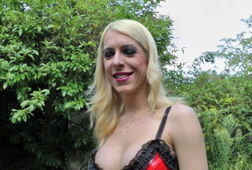 VIDEO PORNO TRAVESTI - ICIPORNOCOM